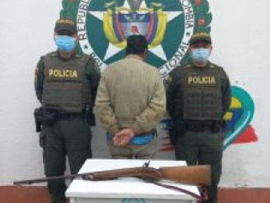 Intimidó a una persona con un arma en Zipaquirá